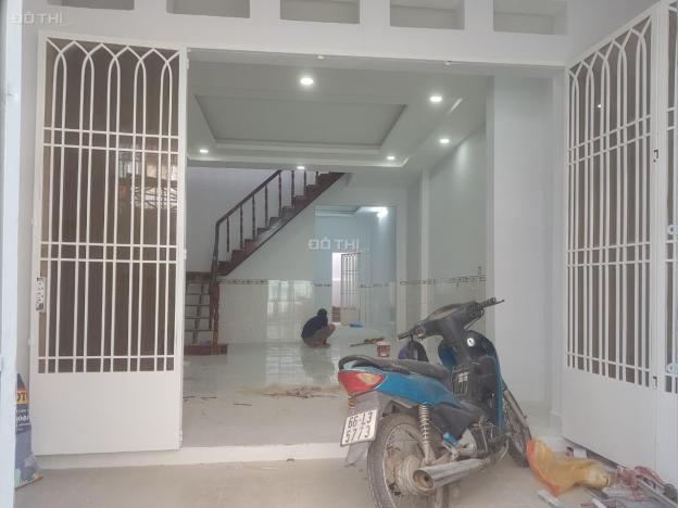 Cho thuê nhà mặt tiền đường Số 5, P17, Gò Vấp, 80m2 1 lầu, giá 12 triệu/th