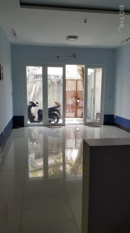 Phòng 30m2 mới sạch sẽ thoáng tại 4/4 Trần Khắc Chân, P. Tân Định, Q. 1. Giá 4tr/th