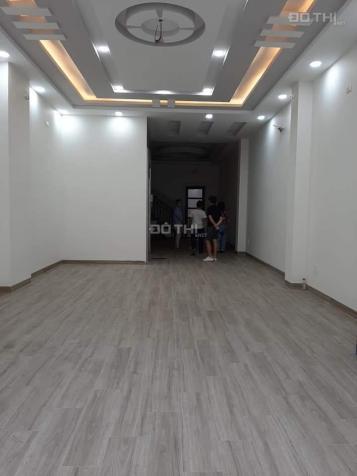 Cho thuê nhà HXH 258/6 Võ Văn Tần,hẻm rộng thông Nguyễn Đình Chiểu Quận 3