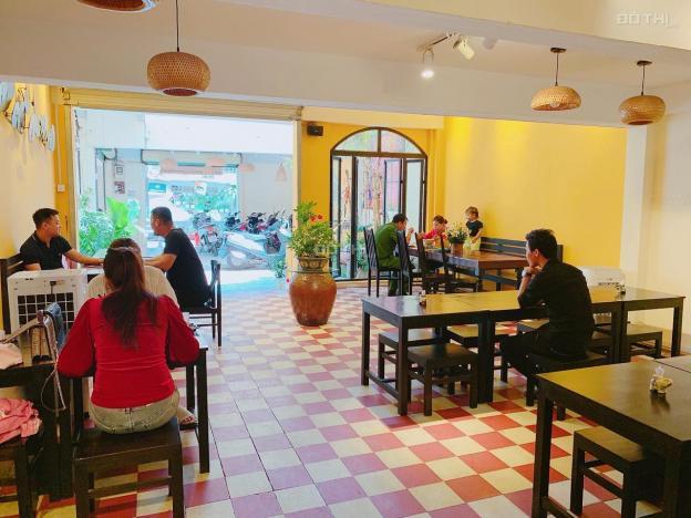 Cho thuê nhà mặt tiền Bùi Thị Xuân Q1 - diện tích: 8x30m. Vị trí đẹp thuận lợi kinh doanh