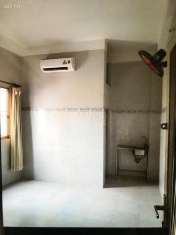 Cho thuê phòng 20m2 có nội thất Ngay trung tâm Q10 Và Q Bình Tân giá phòng từ 1,8tr/th