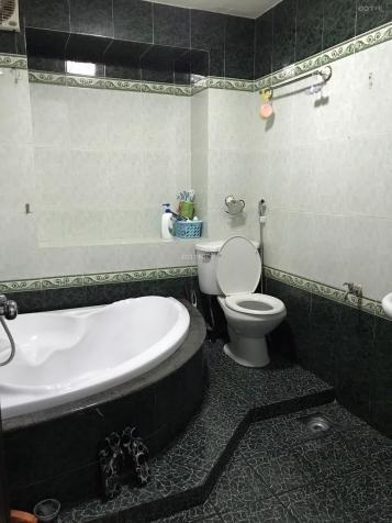 Cho thuê phòng 30m2 nhà mặt tiền 198 Nguyễn Đình Chính P11 Q Phú Nhuận giá 3,5tr/th