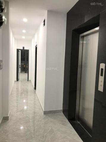 Phòng full nội thất HXH có thang máy mới xây gần cầu Lê Văn Sỹ, Q3. Giá 5tr