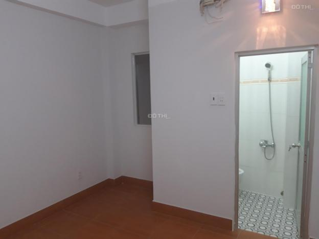 Cho thuê nhà trọ, phòng trọ tại 137/45 Lê Văn Sỹ, Phường 13, Phú Nhuận, 27m2