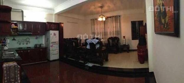 Tân Bình - Cho thuê nguyên lầu 6 triệu, phòng máy lạnh, mặt tiền nhìn xuống đường nội bộ, nhà mới
