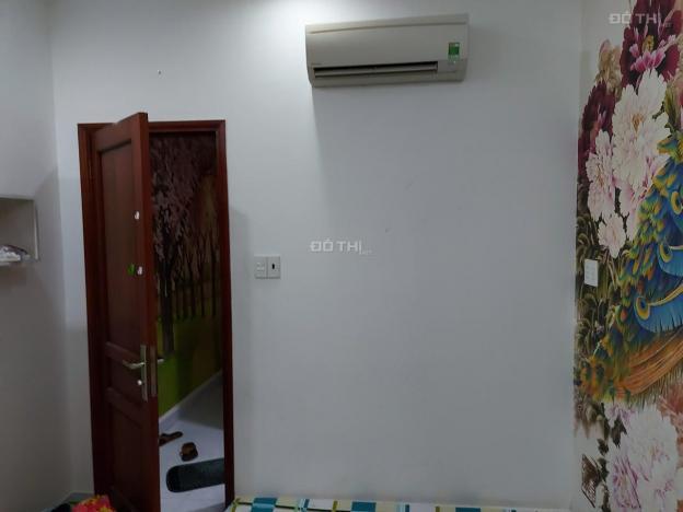 Cho thuê phòng mới có máy lạnh wc riêng tại 32 đường số 19, P4, Q4, giá 3,8tr/tháng
