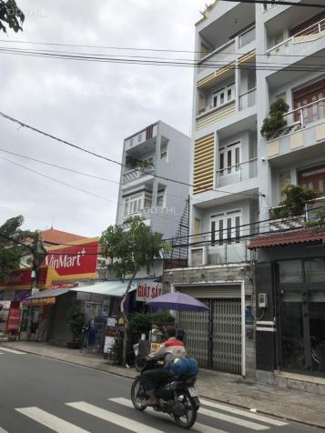 Nhà mặt tiền Phạm Văn Bạch. 3 lầu giá 25 triệu/th