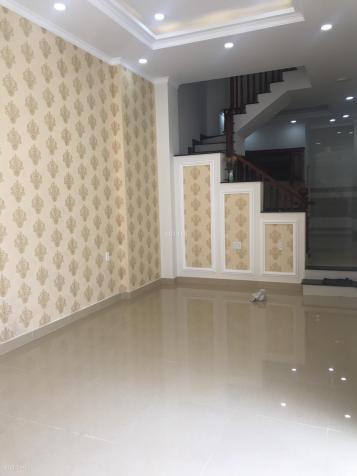 Phòng rộng rãi cho thuê tại Đinh Bộ Lĩnh gần trường Hutech