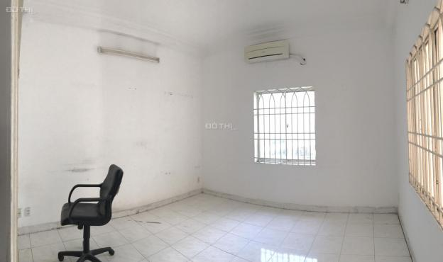 Nhà mặt tiền 8x25m, trệt, 2 lầu, đường D5, cho thuê làm văn phòng công ty