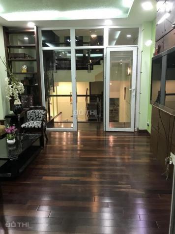 Bán nhà gần mặt tiền Nguyễn Trọng Tuyển, 5 tầng, giá: 17.5 tỷ, LH: 0932903606