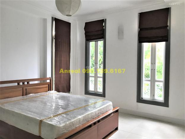 Cho thuê biệt thự khu Compound Thảo Điền Hồ bơi - Sân vườn, giá 80,43 triệu/tháng