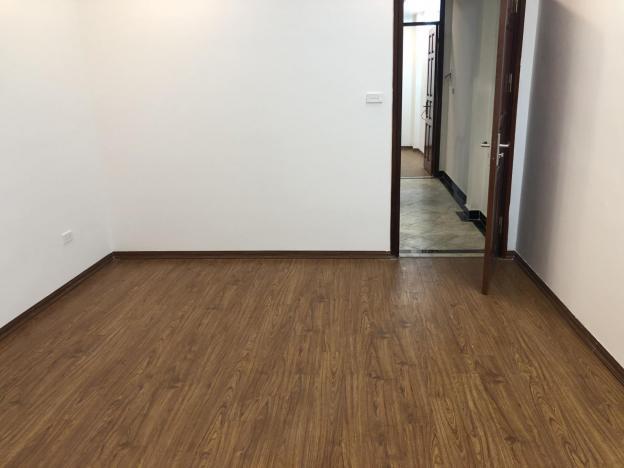 Bán nhà xây mới phố 8/3 DT 45m2 x 5 tầng thiết kế đẹp nội thất cao cấp