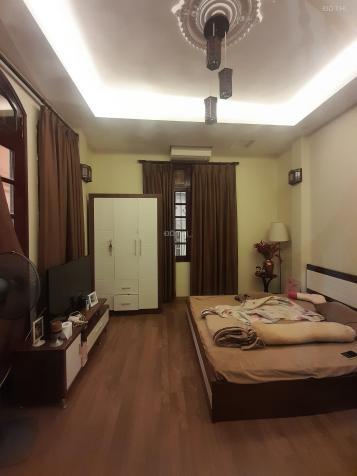 Bán nhà ngõ 290 Kim Mã, nhà đẹp mặt ngõ, 3 mặt thoáng
