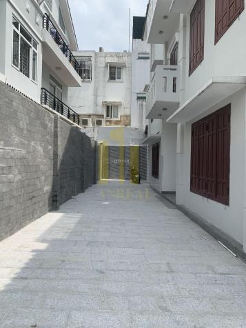 Biệt thự sân rộng khu C An Phú, giá 45 triệu/th - mặt tiền 10m