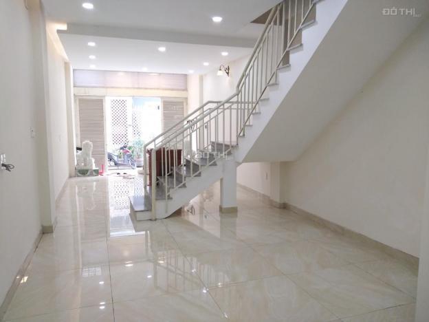 Chính chủ cho thuê nhà HXH 4.5m đường số 28 Linh Đông, 1T 3L đông nam, nội thất gần đủ 0909222831