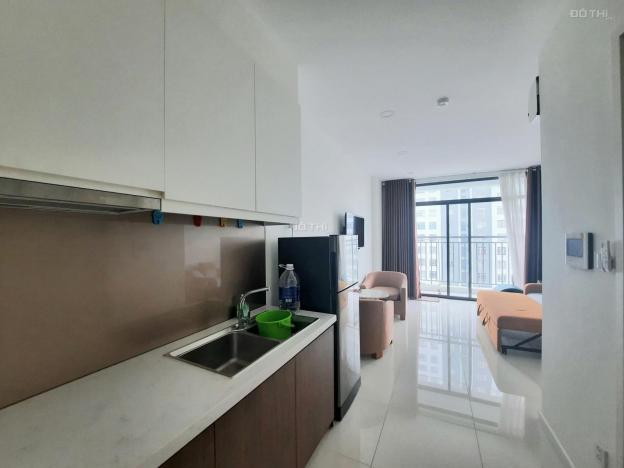 Căn hộ Central Premium cho thuê căn office, DT 32m2, full nội thất Quận 8