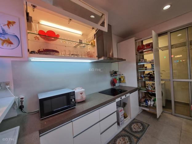 Cho thuê căn hộ cao cấp Everrich 1 quận 11, DT 116m2, chỉ 19tr/tháng, full nội thất, view cực đẹp